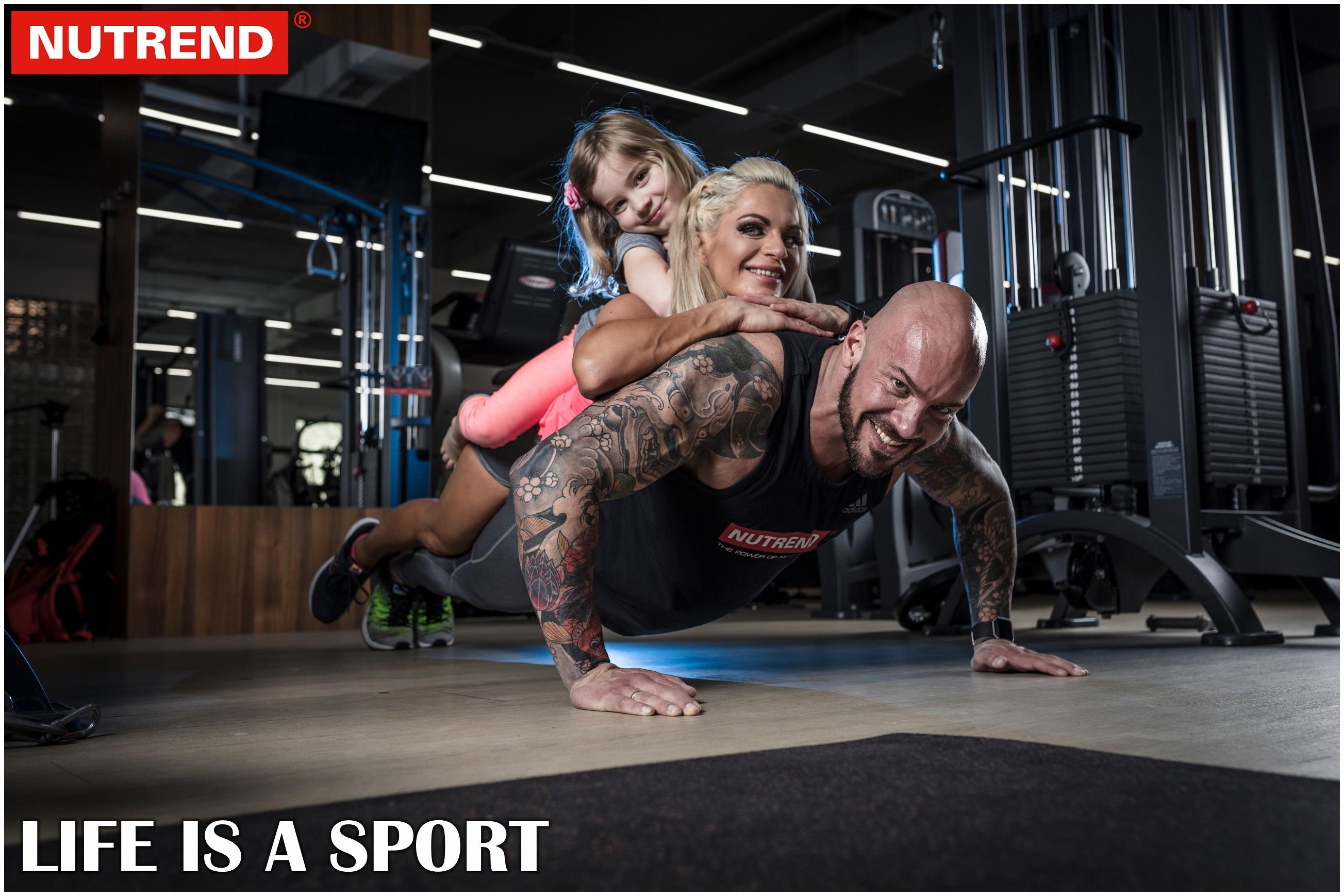 Evelien en Kevin Nutrend workout 3 + Family workout :-D